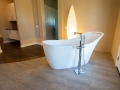 BHB-Behrmann-Home-Basics-Bathroom-Soaking-Garden-Tub